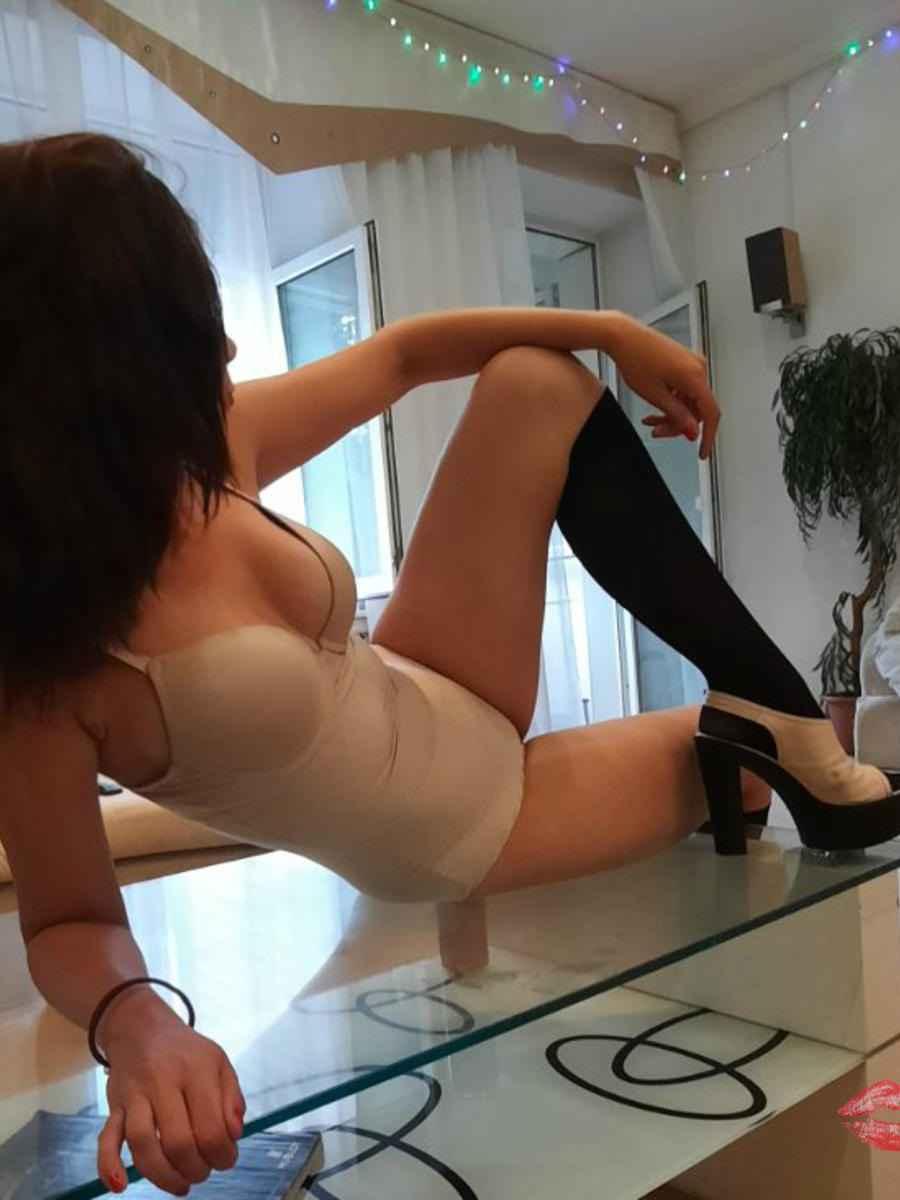 Шлюхи Киева: Каролина, Вес 54 кг